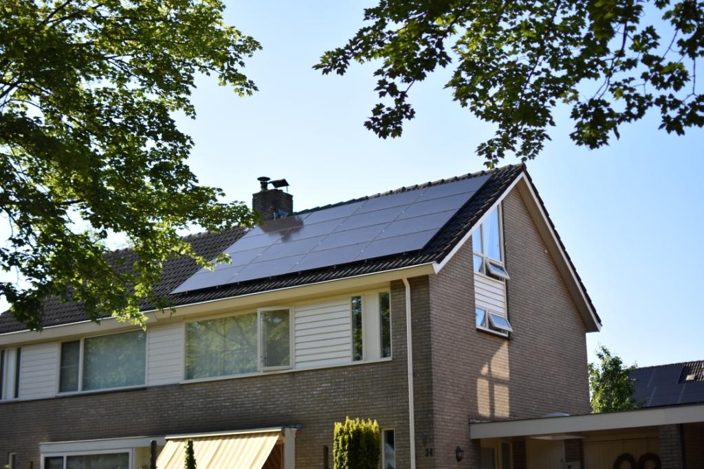 """Zonnepanelen! Waarom niet bij ons? En waarom niet meteen de buren ook?"""" Zwolle"""